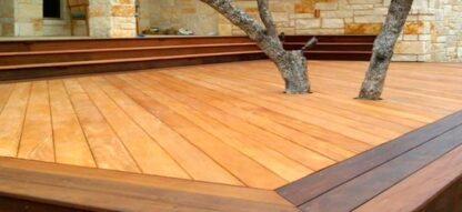 Deck com Olio per decking e cera Brilho+ deck